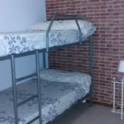 habitación para 6 albergue de peregrinos luz del camino guillena via de la plata a santiago de compostela vista 1