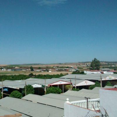 vistas desde la terraza del albergue de peregrinos luz del camino en guillena